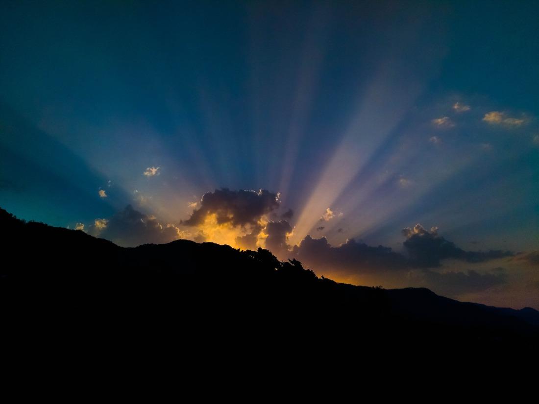 sunlight-2323003_1920