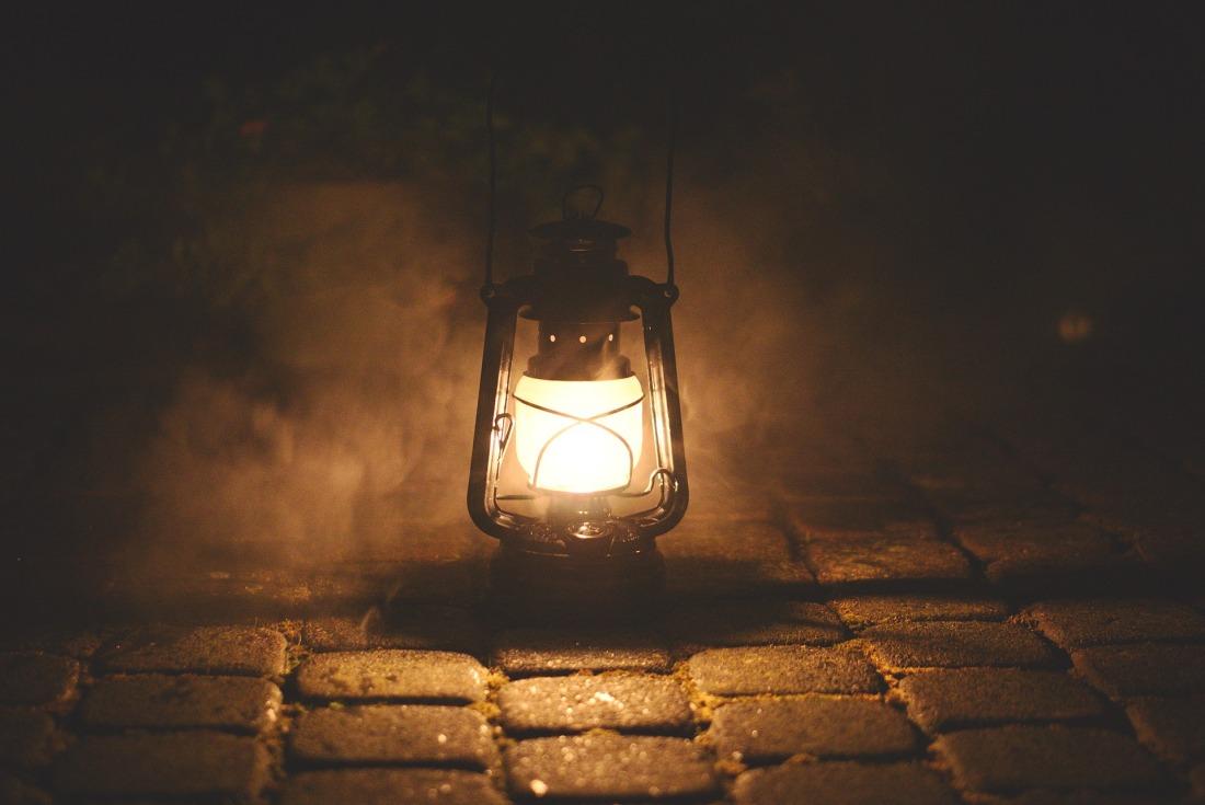 lamp-2903830_1920