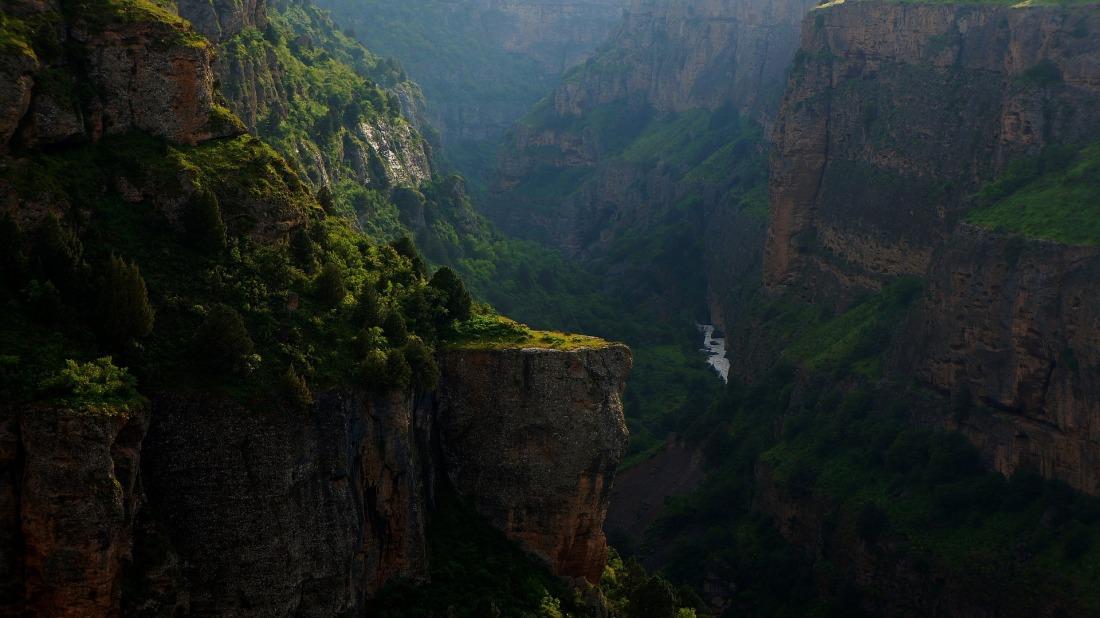 canyon-1740973_1920