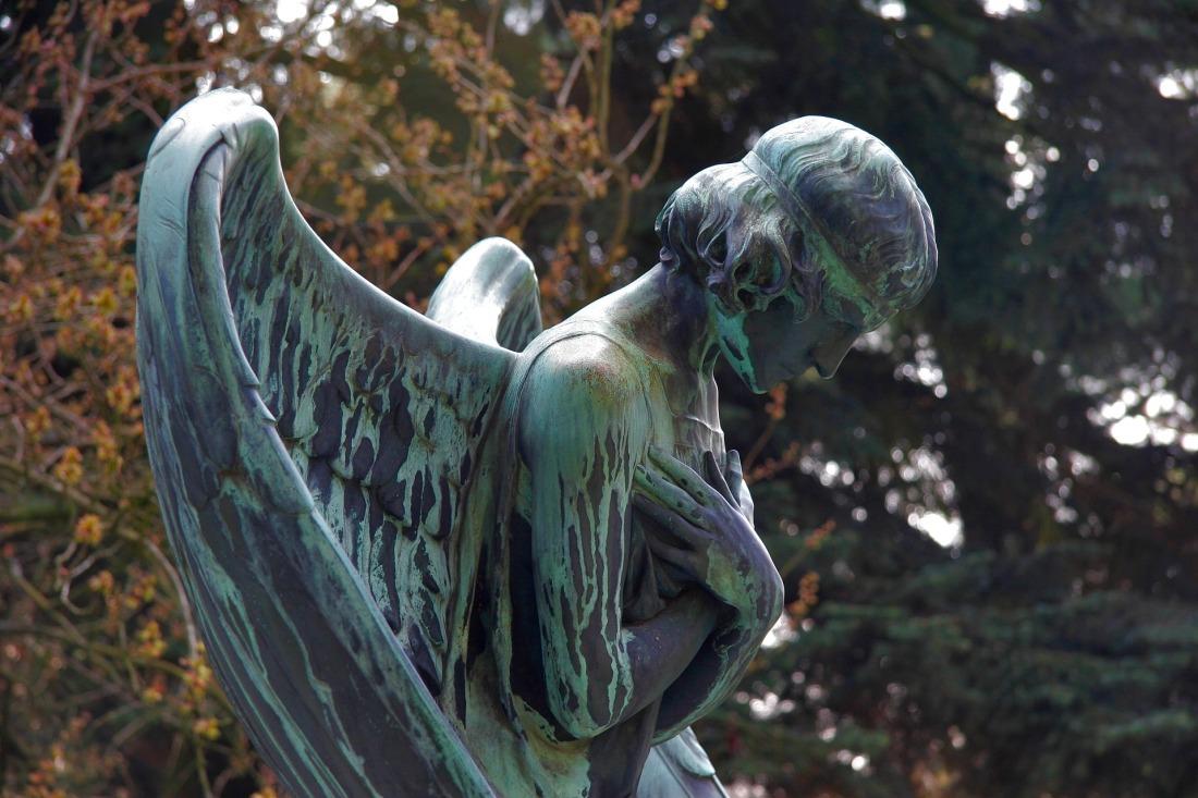 mourning-1927390_1920