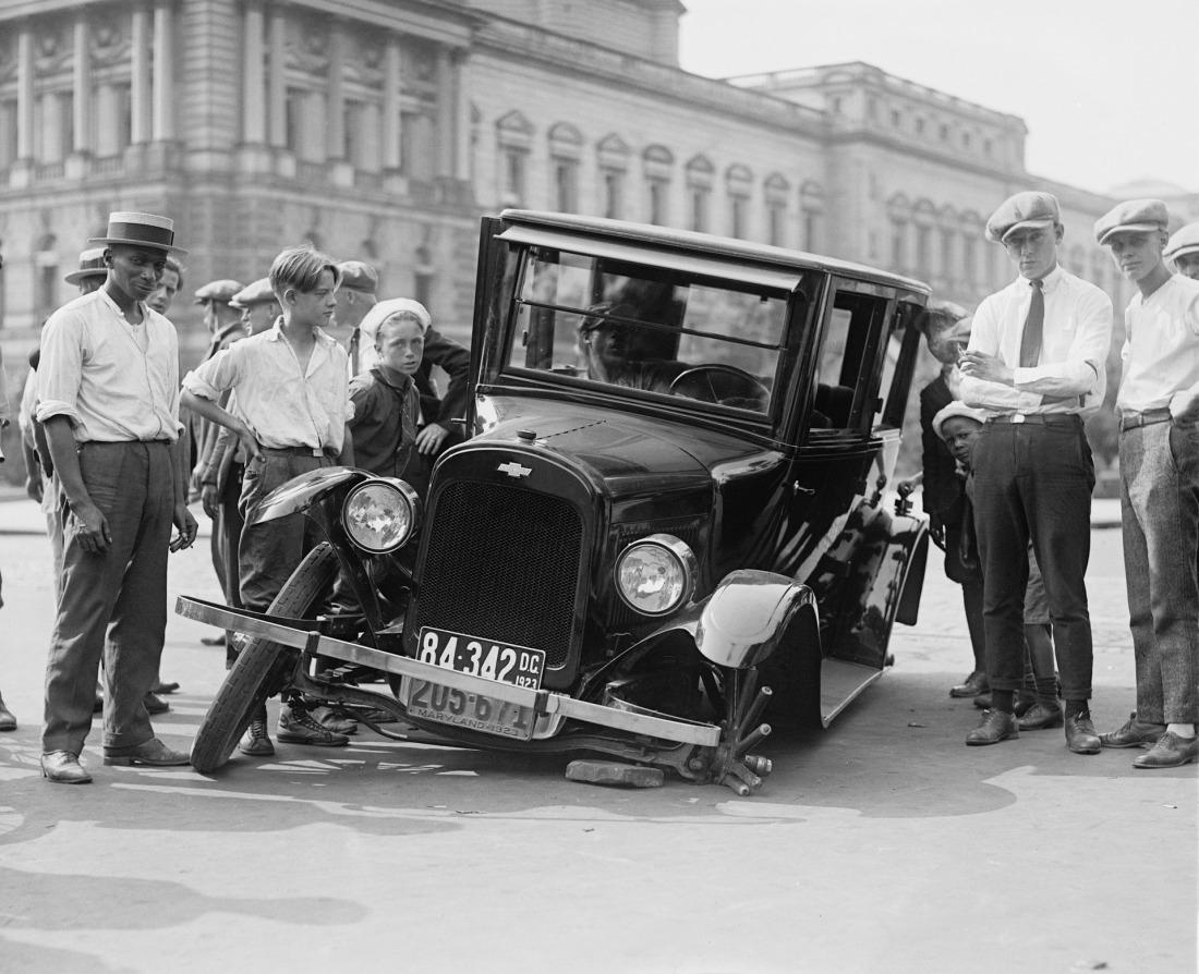 automotive-62827_1920