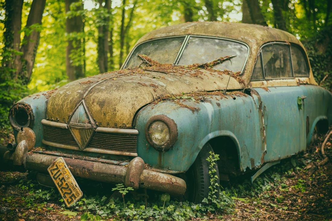 auto-3368094_1920