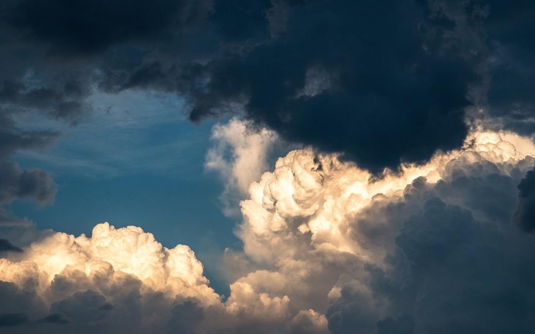 clouds-1768967_1920