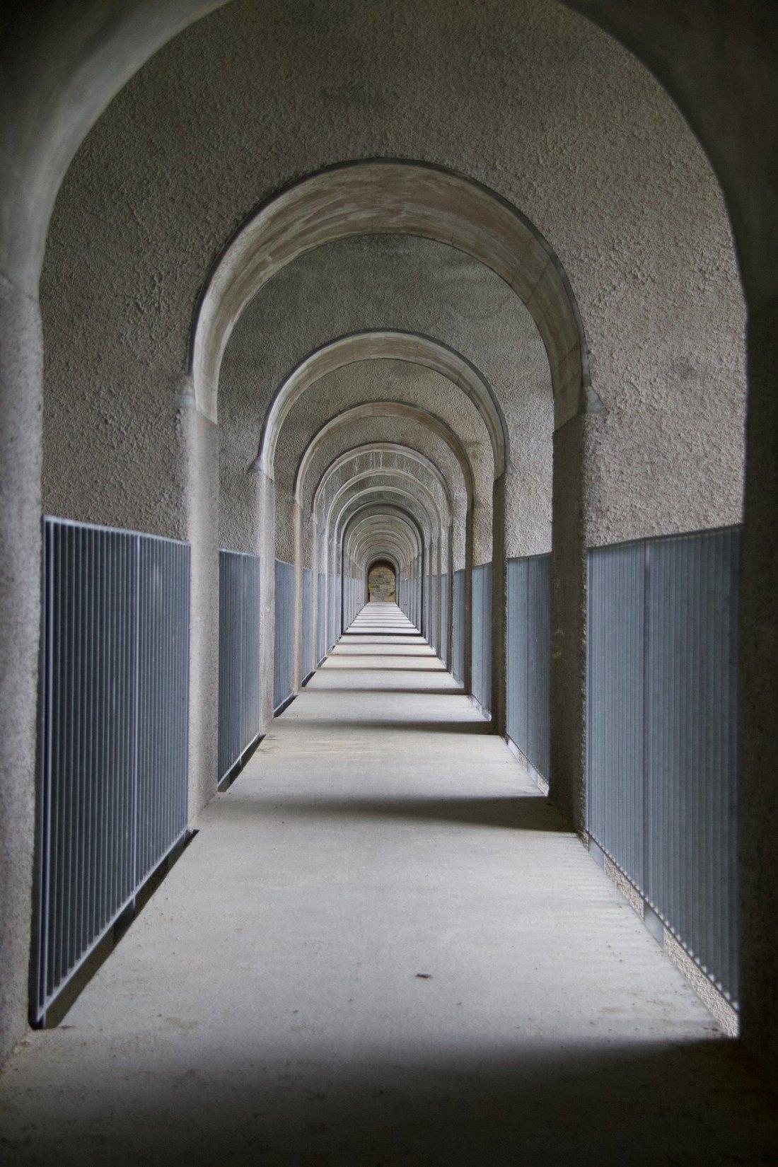 archway-5426581_1920